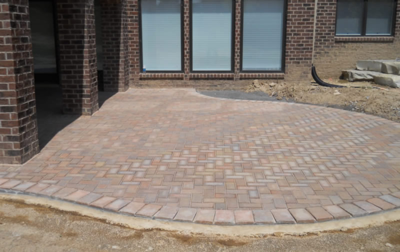 Roseville Brick Paver Gives Tips for Patio Installation